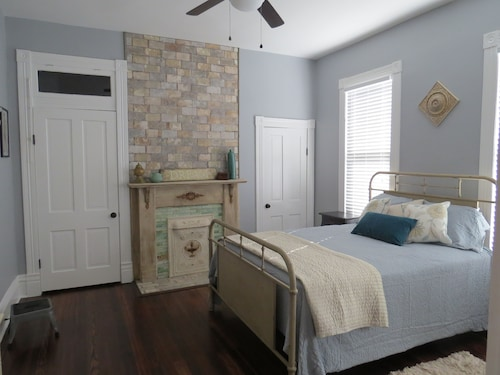 Check Expedia for Availability of Eclectic, Beautiful Home in Midtown - Overton Square