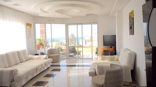 Apartment With 4 Bedrooms in Mahdia, With Wonderful sea View, Furnished Terrace and Wifi - 100 m From the Beach