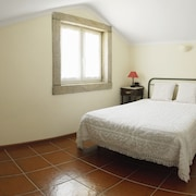 Beautiful House With 5 Rooms in Paredes de Coura With Mountain View, Private Pool, Terrace and Enclosed Garden