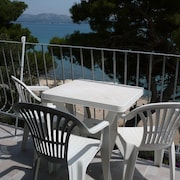 Apartment With one Bedroom in Betina, With Wonderful sea View, Furnished Garden and Wifi