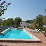 House With 5 Bedrooms in Granada, With Wonderful Mountain View, Private Pool, Enclosed Garden