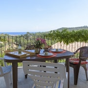 House With 2 Rooms in Favone, With Wonderful sea View, Furnished Garden and Wifi