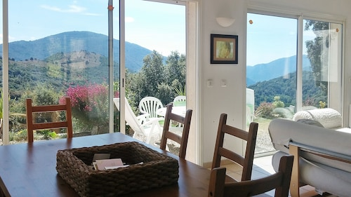 Villa With 2 Bedrooms in Sorbollano, With Wonderful Mountain View, Enclosed Garden and Wifi - 30 km From the Beach