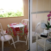 Studio in Leucate, With Balcony - 250 m From the Beach