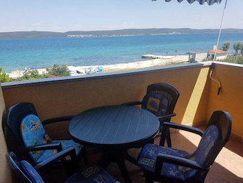 Apartment With 2 Bedrooms in Dobropoljana, With Wonderful sea View, Furnished Balcony and Wifi - 20 m From the Beach