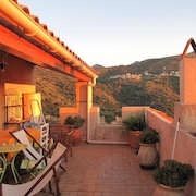 House With 2 Bedrooms in Aregno, With Wonderful City View, Furnished Terrace and Wifi - 5 km From the Beach