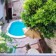 Traditional, 4-bedroom House in Céret With a Swimming Pool, Furnished Terrace and Fenced Garden!
