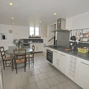 House *** With 3 Bedrooms in Assay, With Enclosed Garden and Wifi
