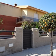 House With 4 Bedrooms in L'ampolla, With Wonderful Mountain View, Enclosed Garden and Wifi - 500 m From the Beach