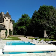 Mansion With 9 Bedrooms in Bassignac, With Private Pool, Enclosed Garden and Wifi