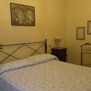 Apartment With one Bedroom in Viareggio, With Wonderful Mountain View and Enclosed Garden