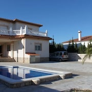 Villa With 4 Bedrooms in Mont-roig del Camp, With Private Pool and Furnished Terrace - 200 m From the Beach