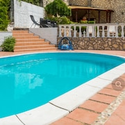 Villa With 8 Bedrooms in Jadranovo, With Wonderful sea View, Private Pool, Enclosed Garden - 100 m From the Beach