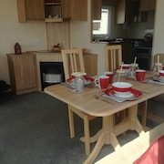 Bungalow With 3 Bedrooms in Nr Driffield - 250 m From the Beach