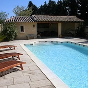 House With one Bedroom in Cavaillon, With Wonderful City View, Pool Access, Enclosed Garden