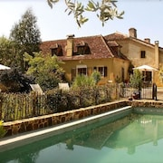 Beautiful Country House in the Landes With Idyllic Garden and Pool