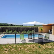 Modern 3 Bedroom House in Pomas With Private Swimming Pool, Furnished Terrace and Wifi