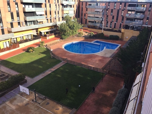 Apartment With 3 Bedrooms in Terrassa, With Wonderful City View, Pool Access, Enclosed Garden - 30 km From the Beach