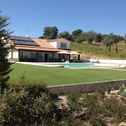 House With one Room in Mora, With Private Pool, Furnished Terrace and Wifi - 130 km From the Beach