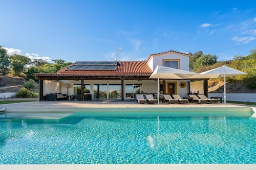 Villa With one Bedroom in Mora, With Private Pool, Furnished Terrace and Wifi