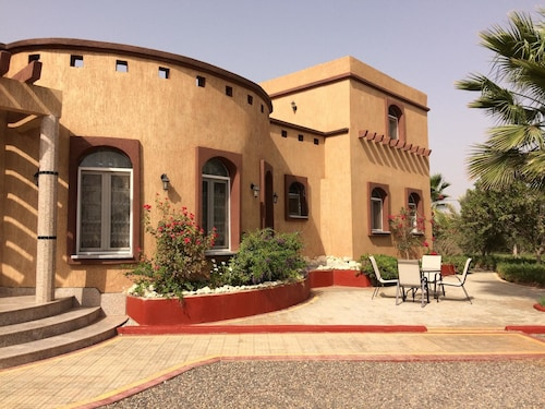 Villa With 4 Bedrooms in Oulad Teima, With Wonderful Mountain View, Private Pool, Enclosed Garden - 35 km From the Beach