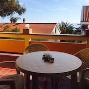 Apartment With 2 Bedrooms in Vir, With Wonderful sea View, Enclosed Garden and Wifi - 25 m From the Beach
