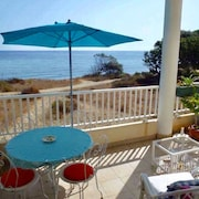 Apartment With one Room in Santa-maria-poggio, With Wonderful sea View, Furnished Terrace