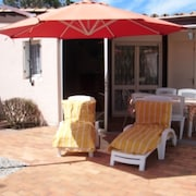 Comfortable, 2-bedroom House in Torreilles With Furnished Terrace and Garden 300m From the Beach!