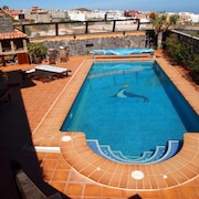 House With 5 Rooms in Granadilla With Wonderful Mountain View, Private Pool, Terrrace, Garden - 1km From the Beach