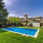 Beautiful, 5-bedroom House Outside Barcelona With a Private Swimming Pool and Mountain Views!