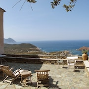 House With 9 Bedrooms in Centuri, With Wonderful sea View, Furnished Garden and Wifi - 15 km From the Beach