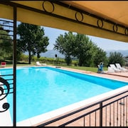 House With one Room in Spoleto, With Wonderful City View, Pool Access, Furnished Terrace - 100 km From the Beach