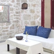 Apartment With one Bedroom in Betina, With Terrace and Wifi - 60 m From the Beach