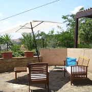 House With 2 Rooms in Piazza Armerina, With Wonderful Mountain View, Enclosed Garden and Wifi