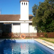 House With 5 Bedrooms in Valdecaballeros, With Wonderful Mountain View, Private Pool, Furnished Terrace
