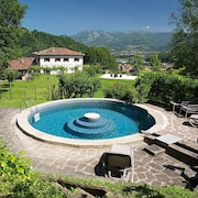 House With 3 Rooms in Castelnuovo di Garfagnana, With Wonderful Mountain View, Private Pool, Enclosed Garden