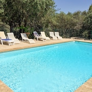 Traditional Family House in Provence With Swimming Pool, Garden and Wifi