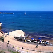 Apartment With 2 Bedrooms in Los Abrigos, With Wonderful City View - 260 m From the Beach