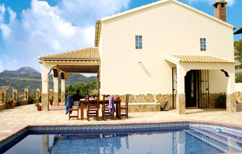 Chalet With 2 Bedrooms in El Gastor, With Wonderful Lake View, Private Pool and Furnished Garden - 100 km From the Beach