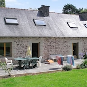 In the Cotes-d'armor, Brittany, Beautiful Stone House With a 6000 m2 Garden, Close to the sea