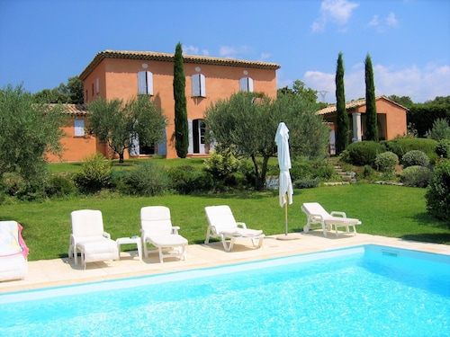 Coté Bastide - House With 4 Rooms in Saint Saturnin les Apt With Private Heated Pool and Enclosed Garden - Sleeps 8