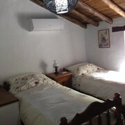 House With 2 Bedrooms in Genalguacil, Málaga, With Private Pool, Enclosed Garden and Wifi - 28 km From the Beach