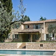 Well-appointed Villa With a Swimming Pool on 4 Peaceful Hectares Surrounded by a River and Forest