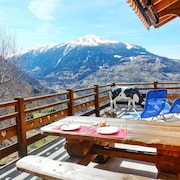 Traditional 3-bedroom Chalet in Veysonnaz With Gorgeous Valley Views - Just 700m From the Slopes!