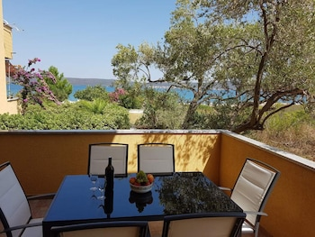Apartment With 3 Bedrooms in Dobropoljana, With Wonderful sea View, Furnished Terrace and Wifi - 20 m From the Beach