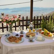 House With 4 Bedrooms in Volos, With Wonderful sea View, Furnished Terrace and Wifi - 6 km From the Beach