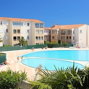 Apartment With one Bedroom in Fréjus, With Pool Access, Enclosed Garden and Wifi - 2 km From the Beach