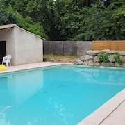 House With 3 Bedrooms in Lagrasse, With Pool Access, Enclosed Garden and Wifi - 45 km From the Beach
