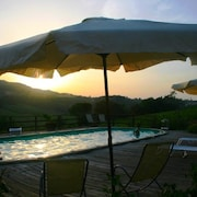 Apartment With one Bedroom in San Gimignano, With Pool Access, Furnished Garden and Wifi - 50 km From the Beach