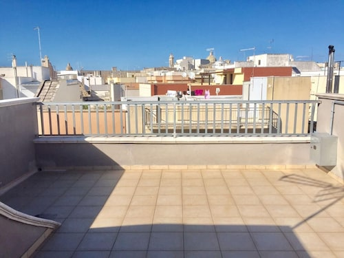 House With one Bedroom in Francavilla Fontana, With Wonderful City View, Furnished Terrace and Wifi - 18 km From the Beach